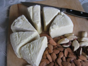 almond-cheese