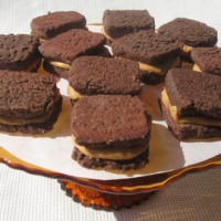 chocolatepeanutbuttersandwiches