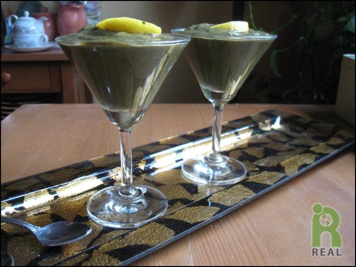 raspberry-lemon-green-smoothie