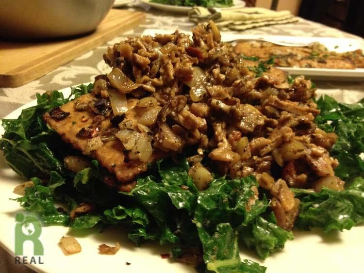 kale-salad-tempeh-mushrooms