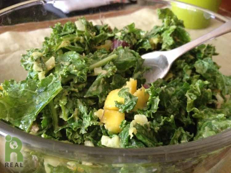 26april-kale-salad-lasts-forever