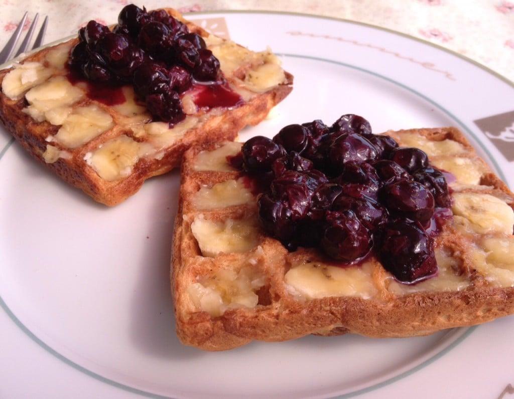 1sept-waffle-with-banana