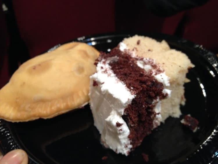 21nov-empanada-cake