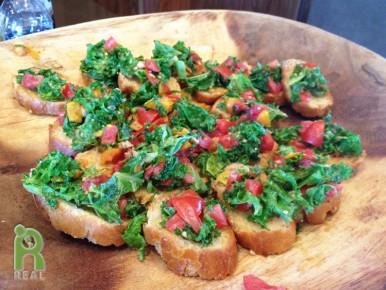 24-july-kale-crostini