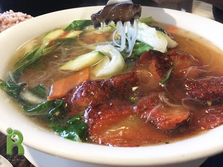 15april-veggie-pork-soup