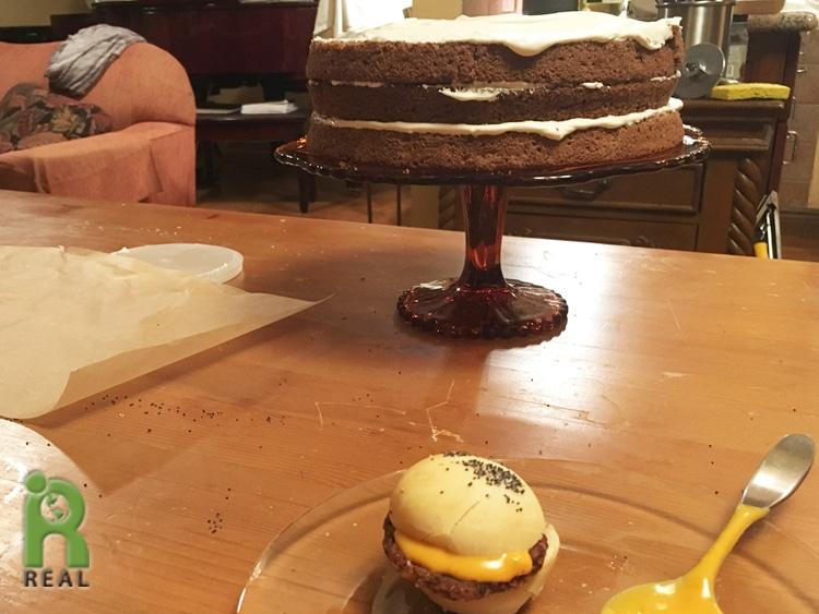 22april-icing-cake-and-burger