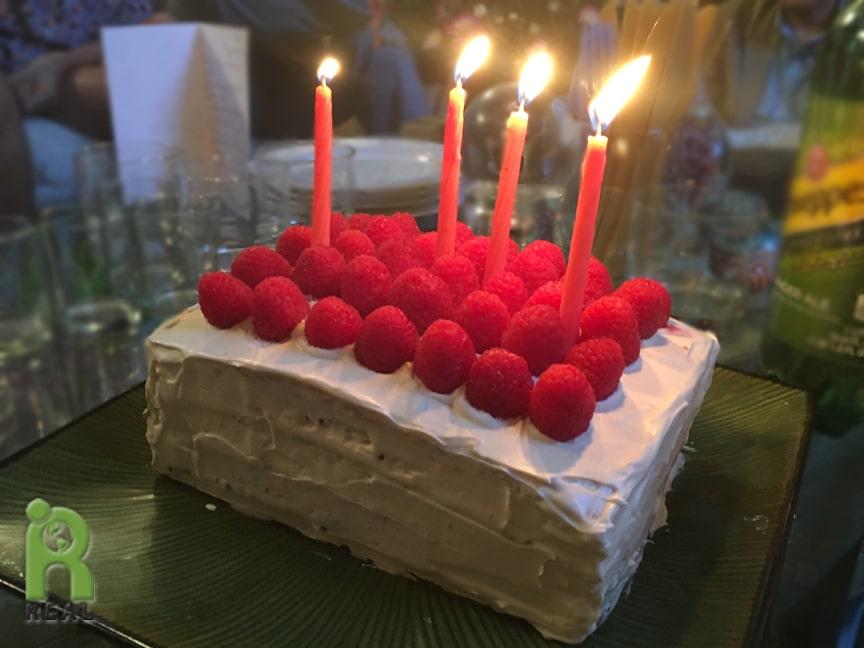 25aug2017-raspberry-vanilla-cake